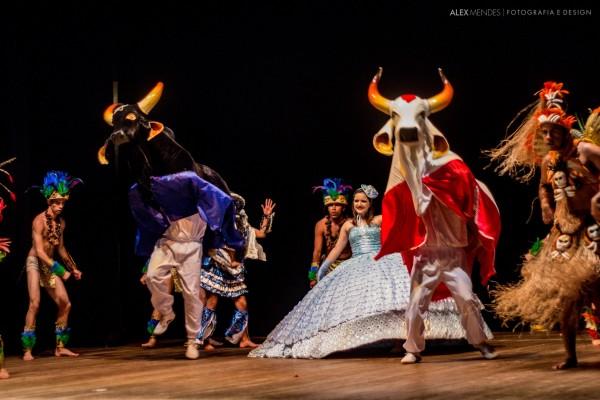 O Bumba Meu Boi é outra dança popular no repertório do Oré Anacã (Foto: Alex Mendes)
