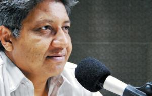 """Nonato Lima apresenta o programa """"Rádio Livre"""" na Rádio Universitária FM desde 1993 (Foto: Divulgação)"""