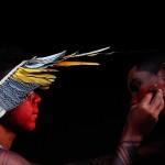 Talvane Tremembé pintando durante a XXII assembléia dos povos indígenas na aldeia lagoinhas dos potiguara (Novo Oriente/CE, 2017)