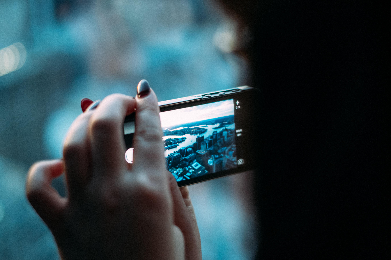 Atualmente, a rede social Instagram já conta com 700 milhões de usuários (Foto: Jay Wennington/Unsplash)