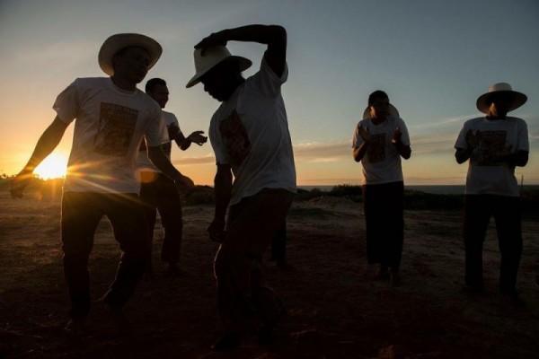O Coco de Praia do Iguape é uma tradição folclórica criada pelos pescadores do pequeno distrito de Aquiraz (Foto: Jr Panela)