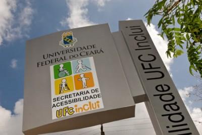 A Secretaria de Acessibilidade UFC Inclui disponibiliza serviços que podem ser acessados por estudantes, professores e servidores surdos da Universidade (Foto: Divulgação)