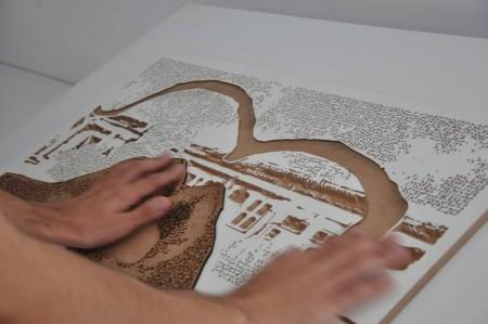 No projeto Fotografia Tátil, as fotos produzidas passam por um processo de materialização através de corte e entalhamento em MDF (Foto: Divulgação)