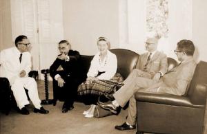 Antonio Martins Filho, Jean-Paul Sartre, Simone de Beauvoir, Milton Dias e Fran Martins.