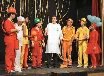 Apresentação do espetáculo Bioquímica em Cena (Foto: Divulgação)