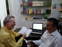 Os professores e irmãos Olímpio e Murilo  Araújo possuem ampla experiência no ensino de português em escolas públicas e privadas e são pesquisadores do uso prático da língua portuguesa (Foto: Divulgação)