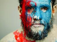 O músico Berg Menezes lançou uma campanha de financiamento coletivo para a gravação de seu segundo álbum,  Qual é a sua revolução? (Foto: Vera Filmes/Divulgação)