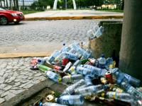 Fortaleza possui mais de mil pontos irregulares de lixo (Foto: Kid Júnior/Agência Diário)
