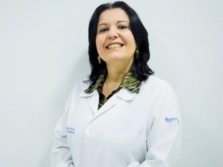 Segundo a veterinária Annice Cortez, o diagnóstico tem vários passos, desde o exame físico, ultrassonografia, até a avaliação do líquido prostático (Foto: Acervo Pessoal)