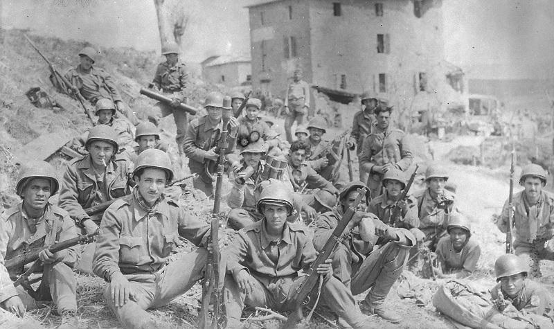 Soldados das Forças Expedicionárias brasileira depois da  Batalha de Monte Castelo (Foto: Exército Brasileiro)