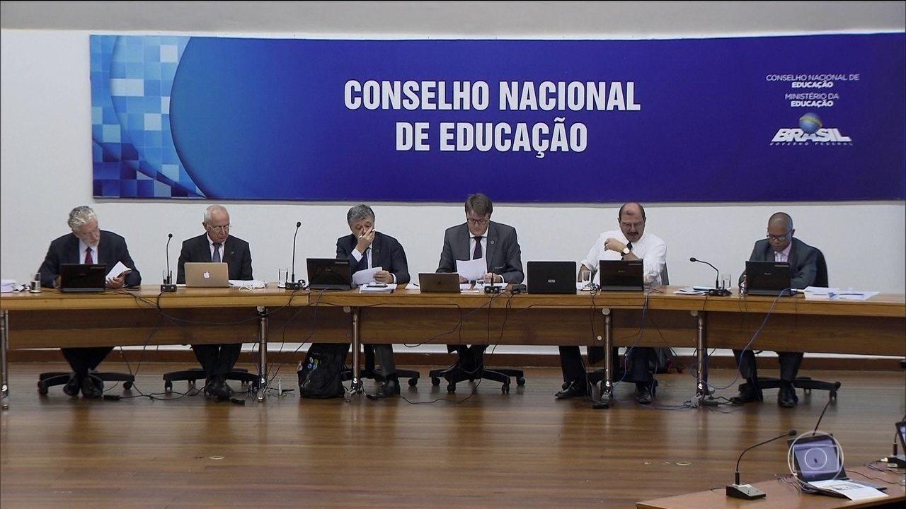 As diretrizes que definem a Base Nacional Comum Curricular (BNCC) referente ao Ensino Médio foram aprovadas pelo Conselho Nacional de Educação, no dia 4 de dezembro de 2018 (Foto: Reprodução/Internet)