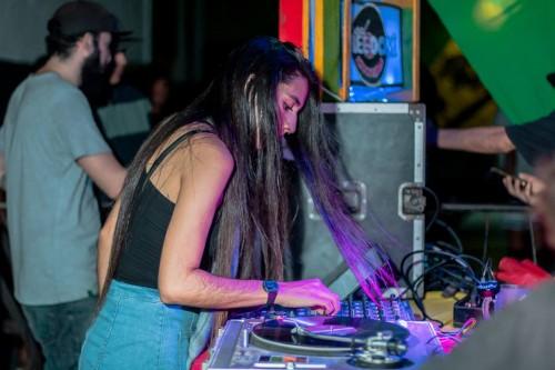 A DjAry Sales sempre teve contato com o reggae, quando morava em Boa Vista conheceu o reggaeton e se aproximou mais ainda do reggae e suas vertentes (Foto: Arquivo Pessoal)