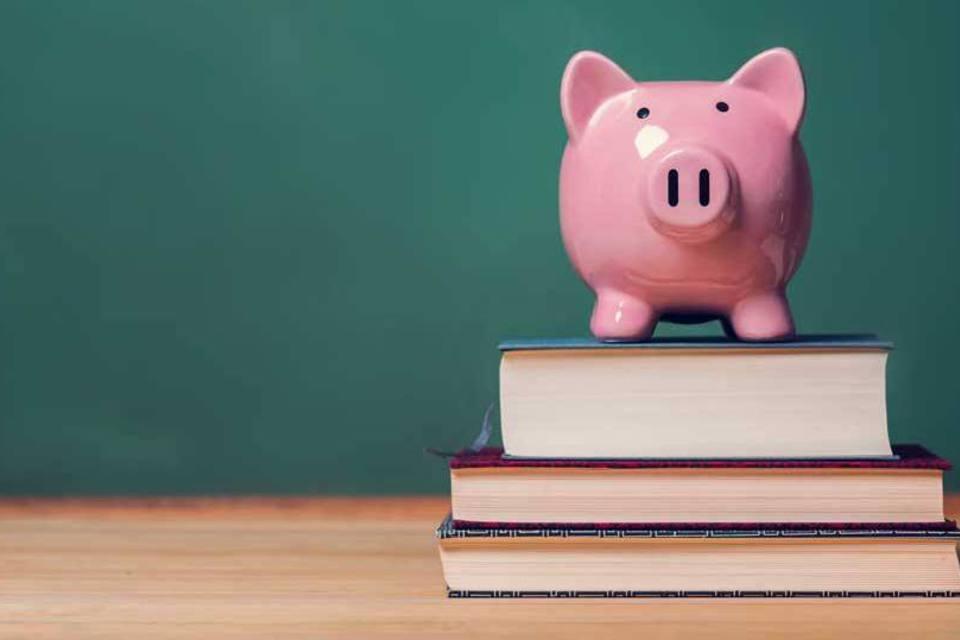 A educação financeira se tornou disciplina obrigatória do ensino fundamental pela Base Nacional Comum Curricular, no fim de 2017 (Foto: Reprodução/Internet)