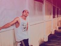 """Coro MC fez parceria com o rapper Carlos """"Nego"""" Gallo na mixtape Veterano, lançada em janeiro de 2019 (Foto: Valber Firmino/Órbita Rádio)"""