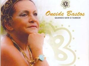Oneide Bastos capa CD Onde Bate o Tambor