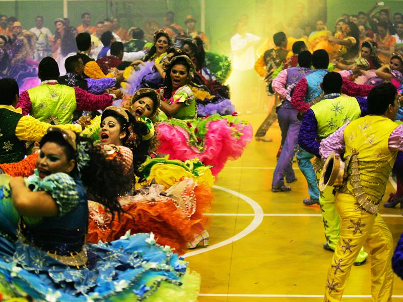 As Quadrilhas Juninas, que acontecem durante o mês de junho, são outra importante manifestação popular do Ceará que resiste há tempos (Foto: Kid Júnior)