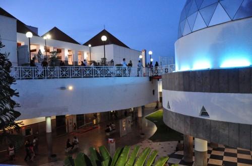 Os museus do Centro Dragão do Mar de Arte e Cultura – o Museu da Cultura Cearense (MCC) e o Museu de Arte Contemporânea do Ceará (MAC) realizam apresentações, oficinas e palestras abertas ao público (Foto:Reprodução/Diário do Nordeste)