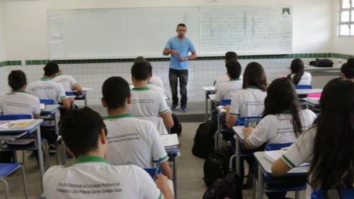 Os estados brasileiros terão um ano para fazer o cronograma de implementação e mais um ano para implementar nas escolas, segundo o Ministério da Educação, isso garante uma equidade em toda a rede de ensino (Foto: Divulgação/Seduc)