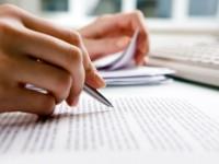 Um tradutor é o leitor minucioso de um texto em uma língua estrangeira, o intérprete atento e o retextualizador competente em uma segunda língua (Foto: Reprodução/Internet)