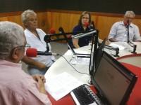 Os médicos Tarcísio Dias, Neile Torres e Dalgimar Beserra participaram do Rádio Debate sobre o Programa Mais Médicos, em julho de 2013 (Foto: Arquivo RUFM)