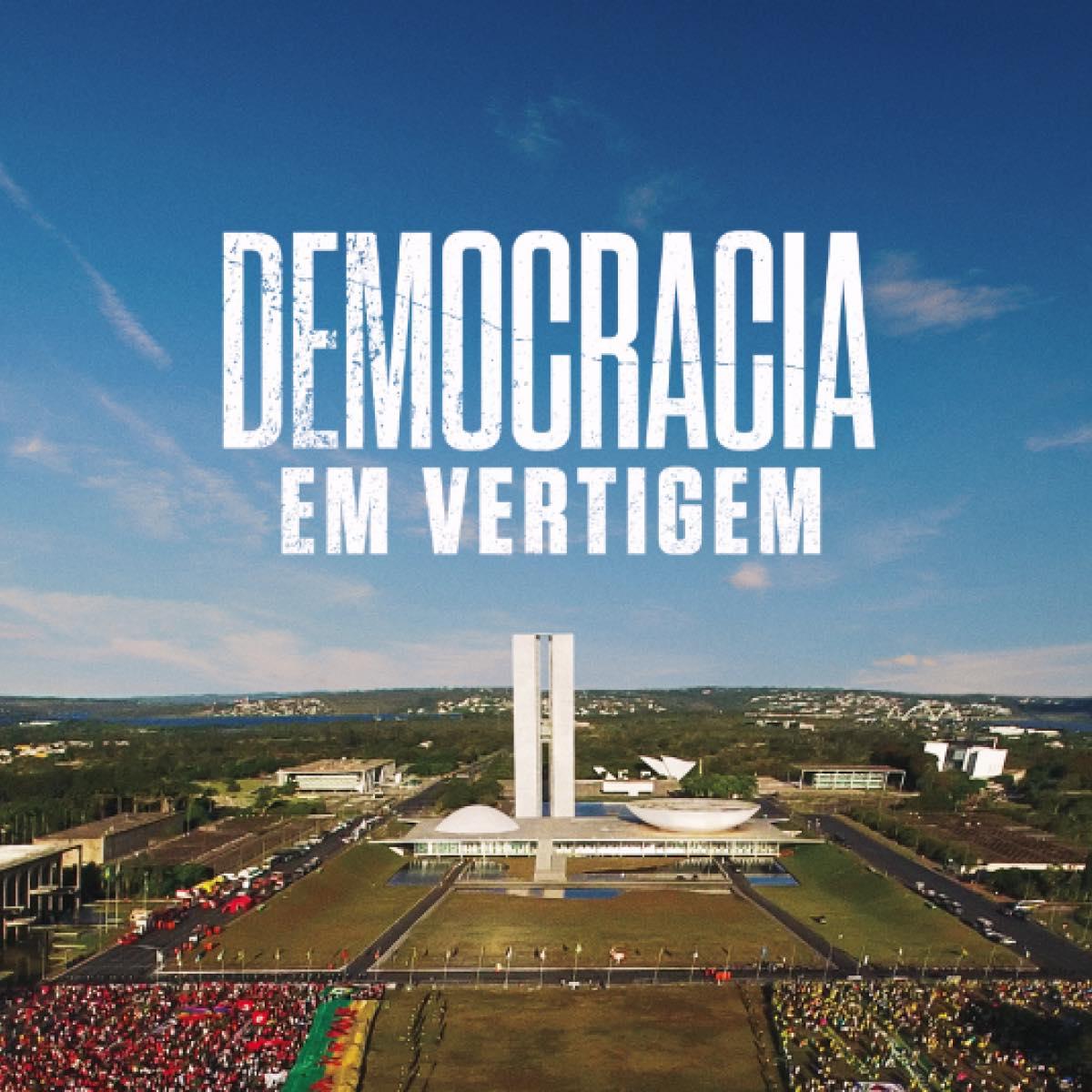 O documentário Democracia em vertigem, da diretora brasileira Petra Costa, foi indicado a melhor documentário no Oscar 2020. A cerimônia de premiação vai acontecer no dia 9 de fevereiro, na cidade de Los Angeles (EUA) (Foto: Reprodução/Internet)