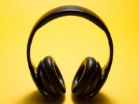 A  Rádio Universitária FM preparou uma playlist com produções especiais para escutar nessa quarentena (Foto: Reprodução/ Internet)