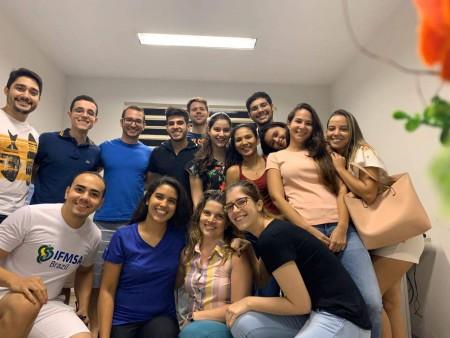 Os estudantes do Programa de Educação Tutorial do curso de Medicina do campus da UFC em Sobral criaram um podcast para transmitir informações confiáveis e atualizadas para a população (Foto: Arquivo Pessoal)