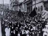 Greve geral em São Paulo (SP), em 1917 (Foto: Coleção História da Industrialização no Brasil, São Paulo, foto 208/Arquivo Edgard Leuenroth)