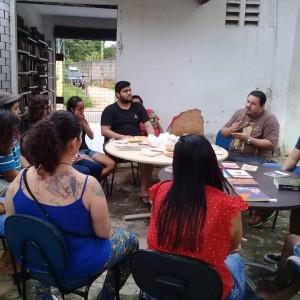 Roda de Conversa sobre Depressão e Suicídio, realizada na Biblioteca Viva, que contou com a participação do psicólogo Évio Giani (Foto: Arquivo Pessoal)