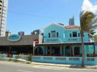 A antiga casa de praia da família Jereissati fica localizada em frente ao Espigão da Av.Rui Barbosa (Foto: Adriano Accioly/Nosso Praça Urgente)