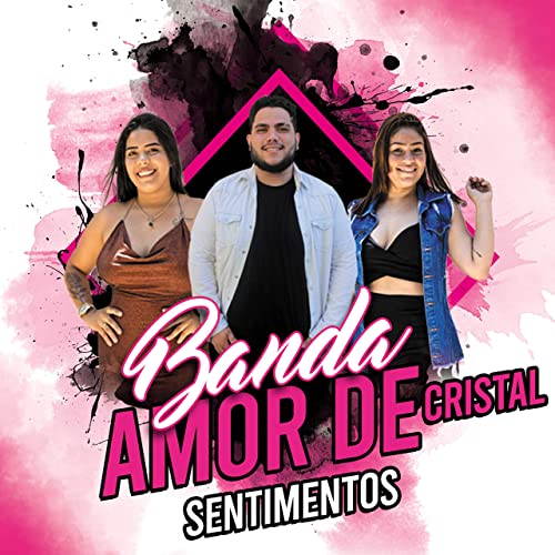 A Banda Amor de Cristal canta um estilo de forró mais romântico, com uma melodia mais lenta, o Forró de Favela, ritmo que surgiu nas periferias de Fortaleza (Foto: JS Photos)