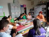 Equipe técnica do projeto Contexto em ação no acompanhamento pedagógico da Escola Jorge Pinheiro de Oliveira, no município de  Ipaporanga (Foto: Acervo Projeto Contexto)