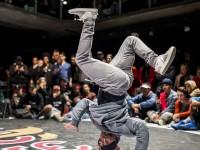 O breaking é uma dança, um esporte e uma potência no campo social (Foto: Marcelo Maragni/ Red Bull Content Pool)