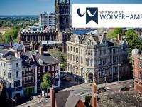 A jovem de 25 anos terá todos os custos pagos pelo órgão britânico para estudar na Universidade de Wolverhampton, na Inglaterra (Foto: Reprodução/Internet)